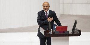 Hazine ve Maliye Bakanı Elvan, TBMM'de yemin etti