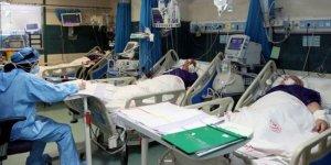 İran'da son 24 saatte 479 kişi Covid-19'dan hayatını kaybetti