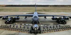 ABD Ortadoğu'ya B-52 bombardıman uçağı gönderdi