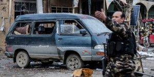 Afganistan'da art arda saldırı