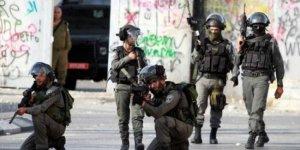 Doğu Kudüs'te genç bir Filistinli şehit edildi