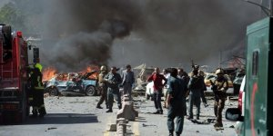 Afganistan kahrolası bombalı saldırıyla kana bulandı!