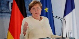 Merkel: Türkiye'yle ilişkilerde ilerleme yok