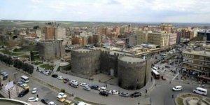 Diyarbakır'da Covid-19 uyarıları Kürtçe ve Türkçe yapılacak
