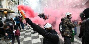 Fransa'yı protestolar sardı