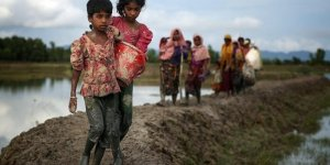 Bangladeş Myanmar'la Arakanlı Müslümanların geri dönüşünü görüşecek