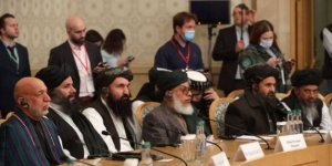 Afganistan hükümetiyle Taliban, barış görüşmelerini hızlandırmak için anlaştı