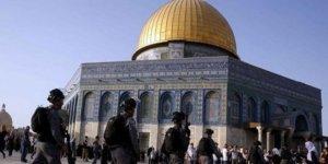 Necis Siyonist Yahudiler Mescid-i Aksa'yı Bastı