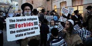Siyonizm'e tepki olarak Filistin bayrağı açtı