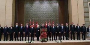 Kabine revizyonu: 2 Bakan görevden alındı 3 bakan atandı