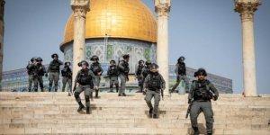 İşgal güçleri  374 Filistinliyi gözaltına aldı