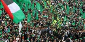 Almanya Hamas'ın bayraklarını yasaklıyor