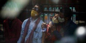 Hindistan'da COVID-19: Can kaybı 400 bini geçti