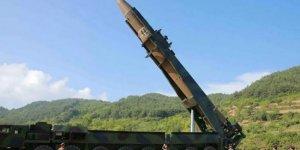 Dünya genelinde nükleer silahlar azaldı, askeri stoklar arttı