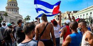 Küba'da gıda kıtlığı ve yüksek fiyatlar nedeniyle halk sokakta