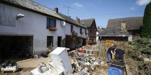 Almanya'da selde ölenlerin sayısı 171'e çıktı