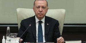 Erdoğan: Sınırlarda ördüğümüz duvarlarla giriş-çıkışları tamamen engellemiş olacağız
