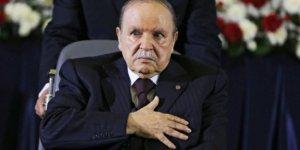 Eski Cezayir Cumhurbaşkanı hayatını kaybetti